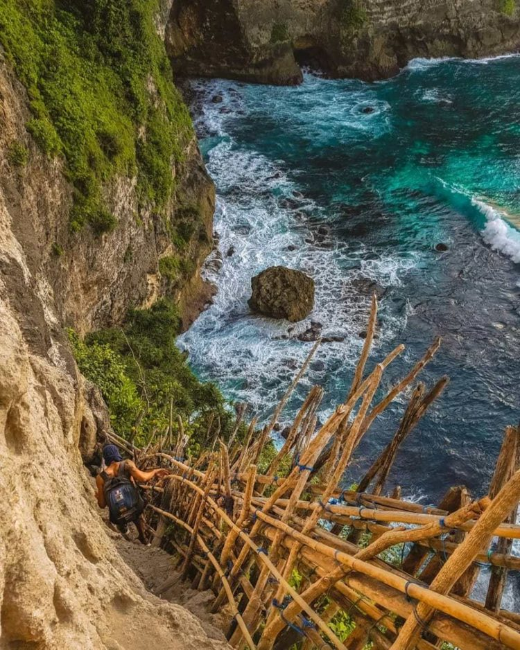 nusa penida cab - tour travel agency