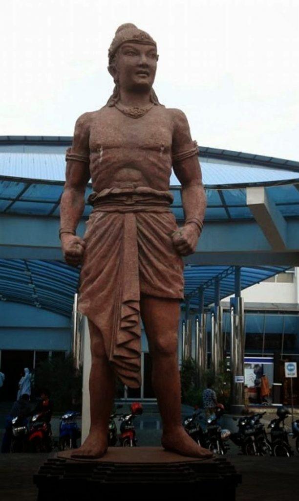 raja pertama kerajaan di indonesia singhasari