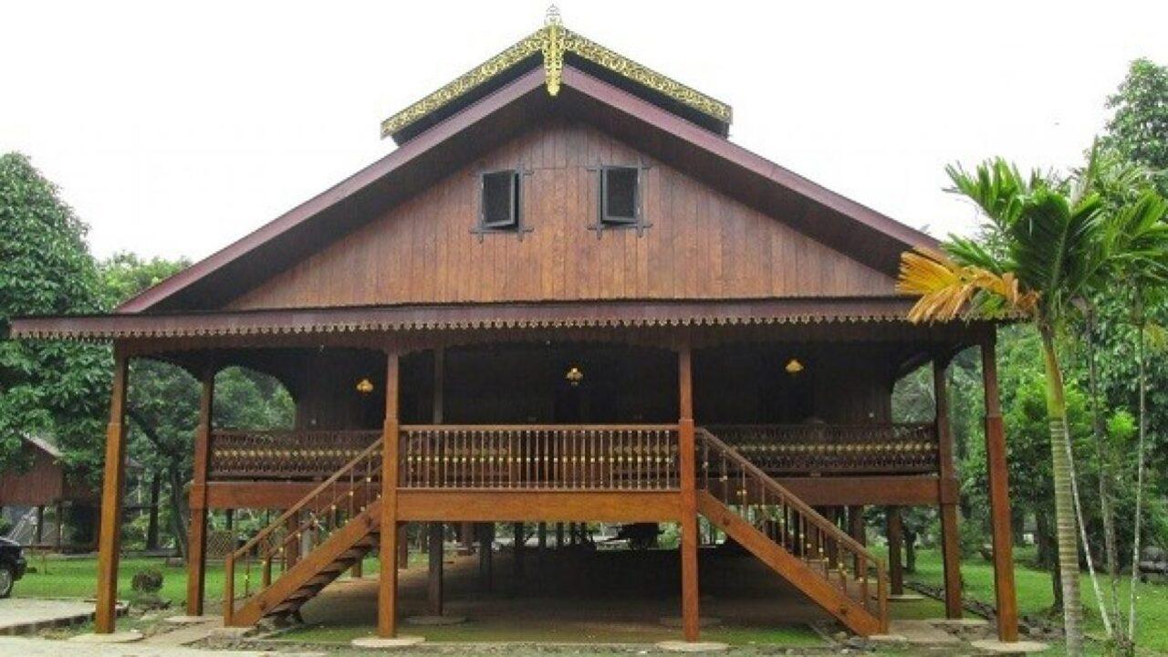 2+ Rumah Adat Gorontalo (NAMA, PENJELASAN, GAMBAR)