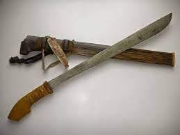 parang senjata tradisional kalimantan selatan